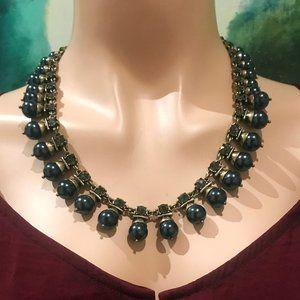 🎬✨ Banana Republic Necklace - Blue Pearl w Stones